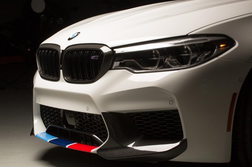 đèn xe BMW M5 M Performance Parts 2018 4