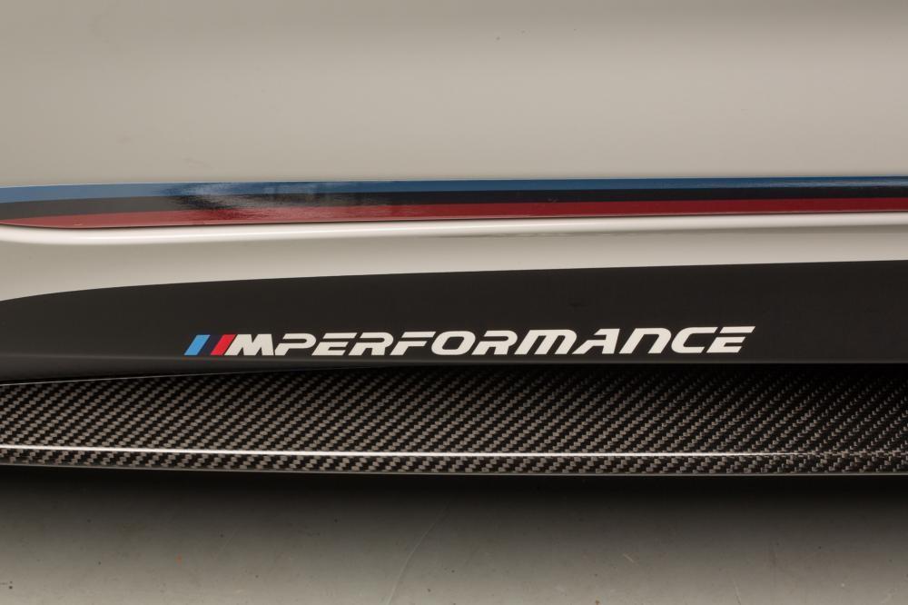 bậc lên xuống xe BMW M5 M Performance Parts 2018 8