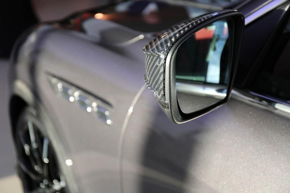 kính chiếu hậu Maserati Levante S 8