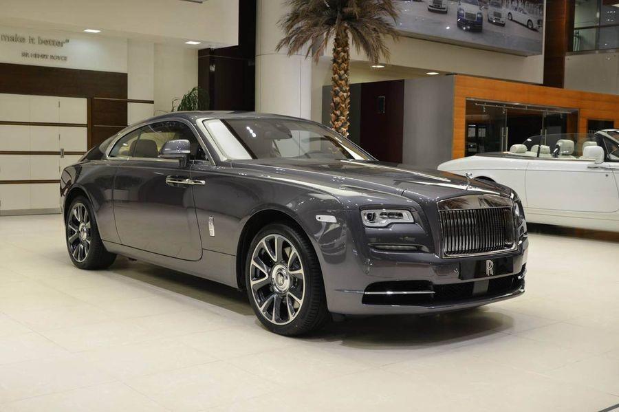 đầu xe Rolls-Royce Wraith 2