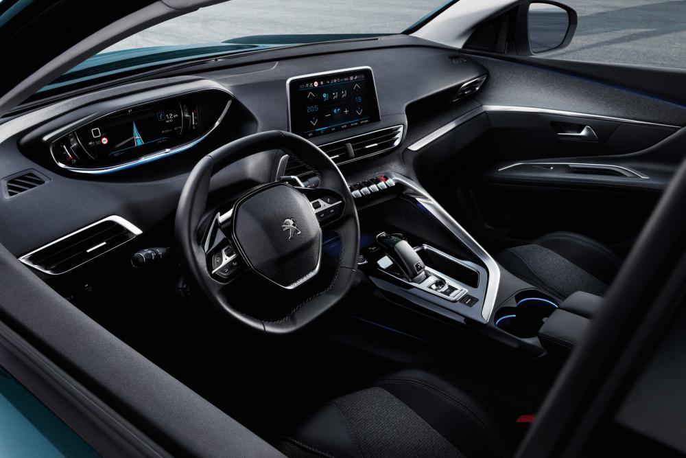 nội thất Peugeot 5008 12