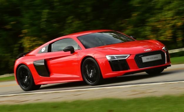 khả năng tiết kiệm nhiên liệu của Audi R8 2017