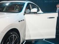 cửa xe của Maserati Levante 2017