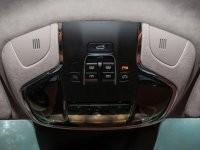 thiết kế cửa sổ trời của Maserati Levante 2017