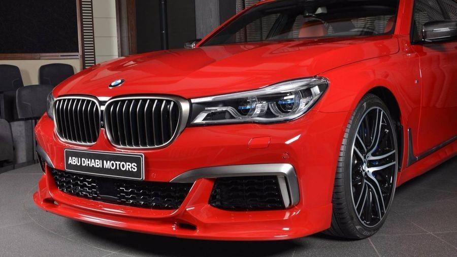 BMW M760Li xDrive 6