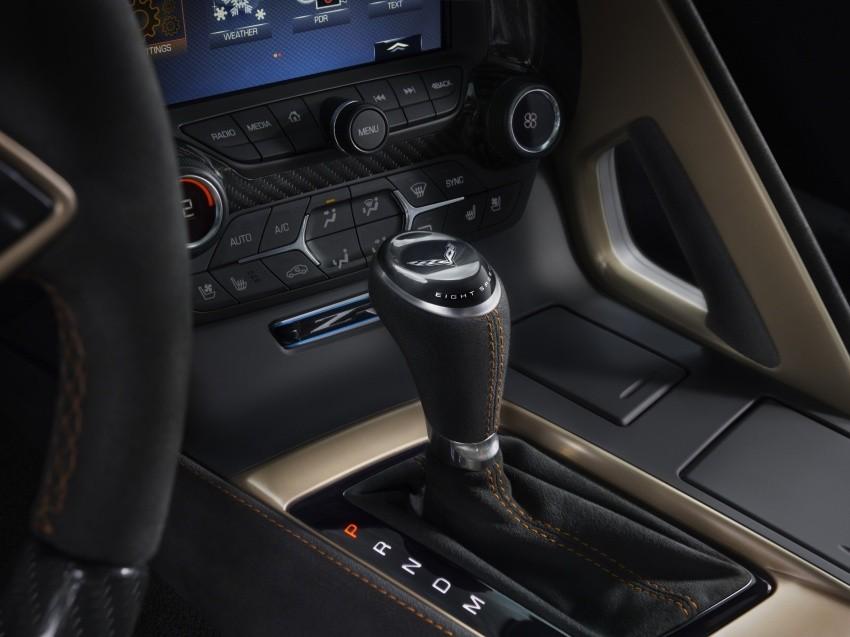 cần gạt số Chevrolet Corvette ZR1 2019 10