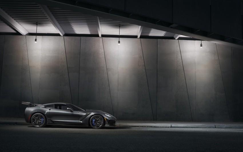 thân xe Chevrolet Corvette ZR1 2019 2