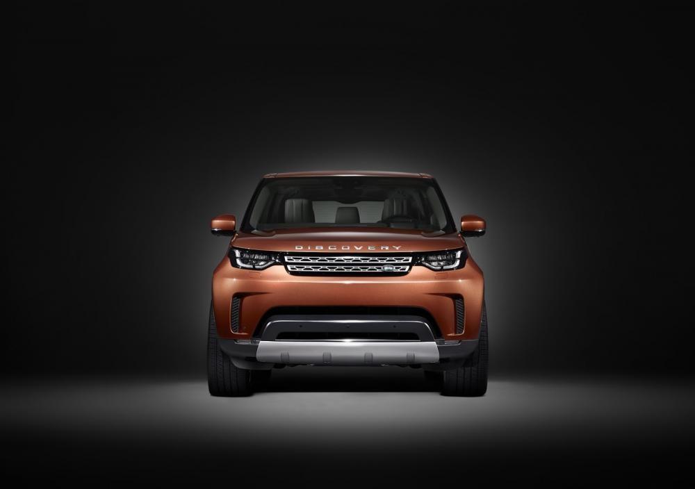 đầu xe Land Rover Discovery 2018 1