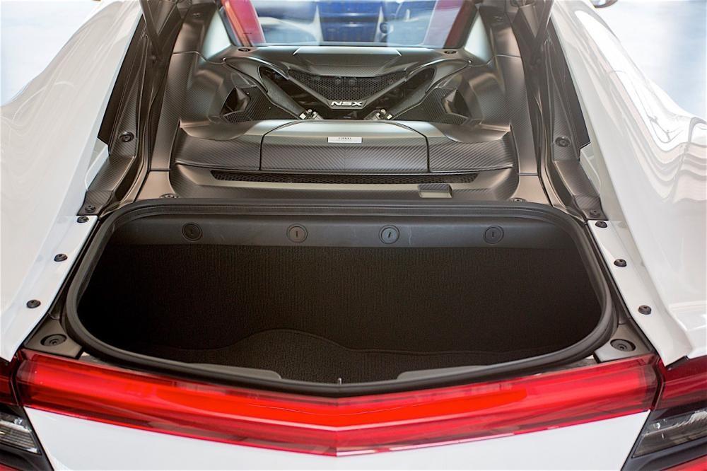 cốp xe Honda NSX 2017 19