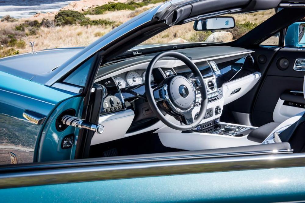 vô lăng Rolls-Royce Dawn 14