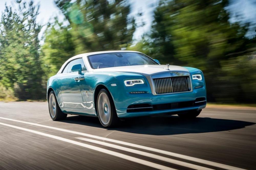 Rolls-Royce Dawn trên đường chạy 6