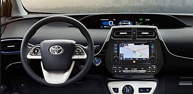 Khoang cabin của Toyota Prius 2018 lại nhận được đánh giá tích cực