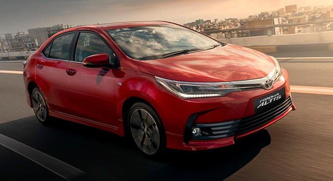 Toyota Corolla Altis 2017 đối đầu cùng Kia Cerato 2017