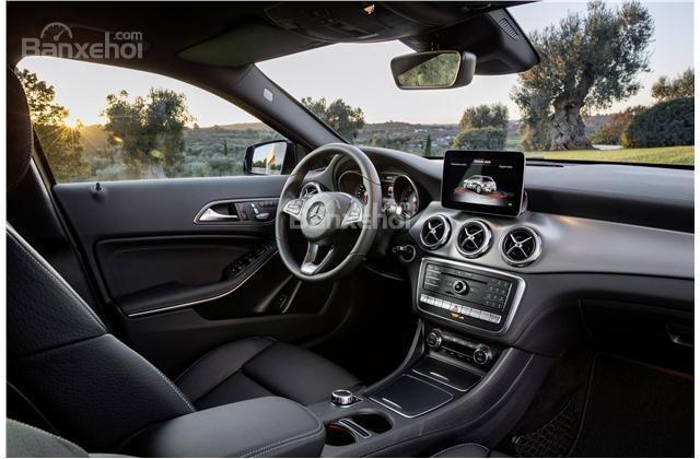 Audi Q3 2018 và Mercedes-Benz GLA 2018 đều mang đến những bất ngờ về khoang nội thất cao cấp
