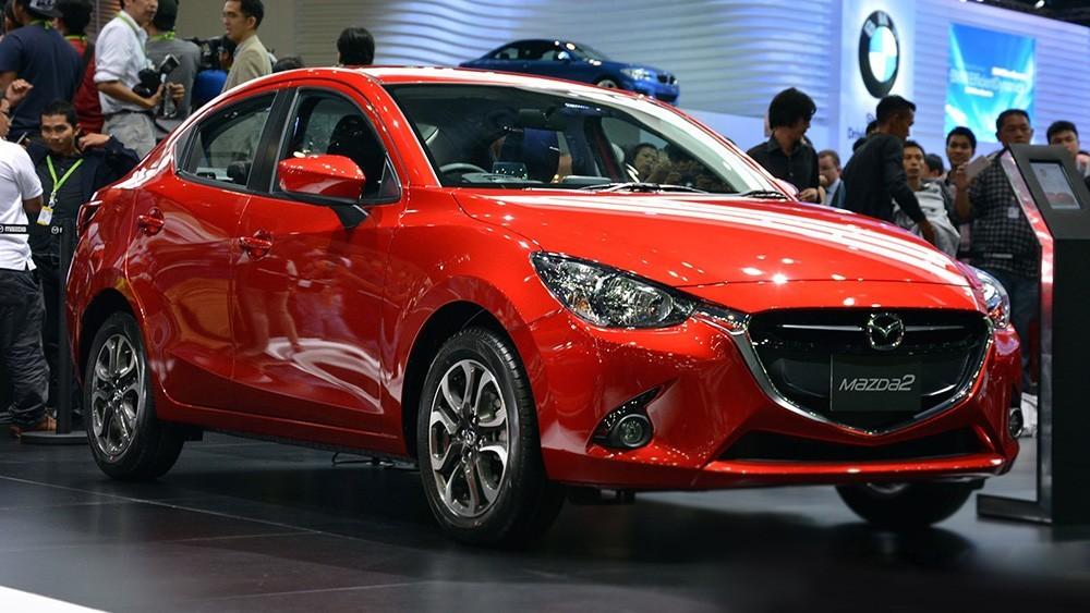 Giá cả trên thị trường xe mới ảnh hưởng đến giá bán