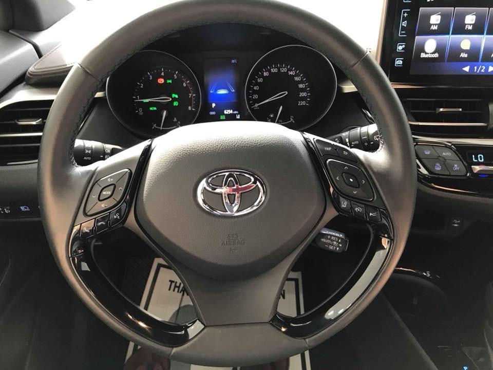 Toyota C-HR 2018 , MUA BÁN XE Toyota C-HR 2018 , GIÁ XE Toyota C-HR 2018 , ĐÁNH GIÁ XE Toyota C-HR 2018 , Toyota C-HR 2018 GIÁ BAO NHIÊU , Toyota C-HR 2018 VỀ VIỆT NAM
