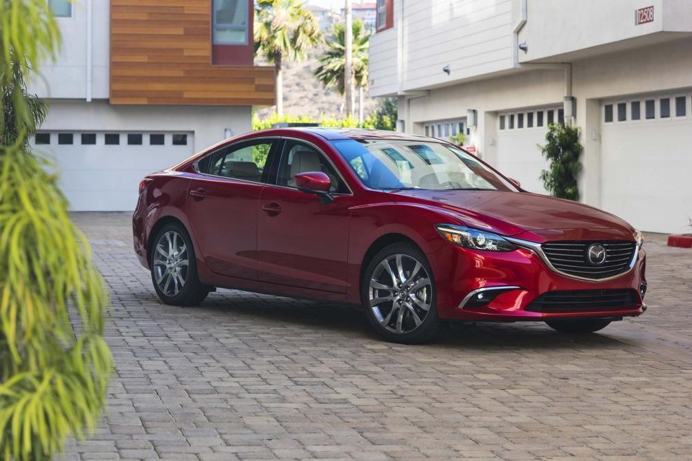 Mazda6 2018 có thiết kế đầu xe mới