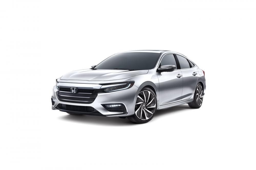 Honda Insight 2019 khi nhìn trực diện