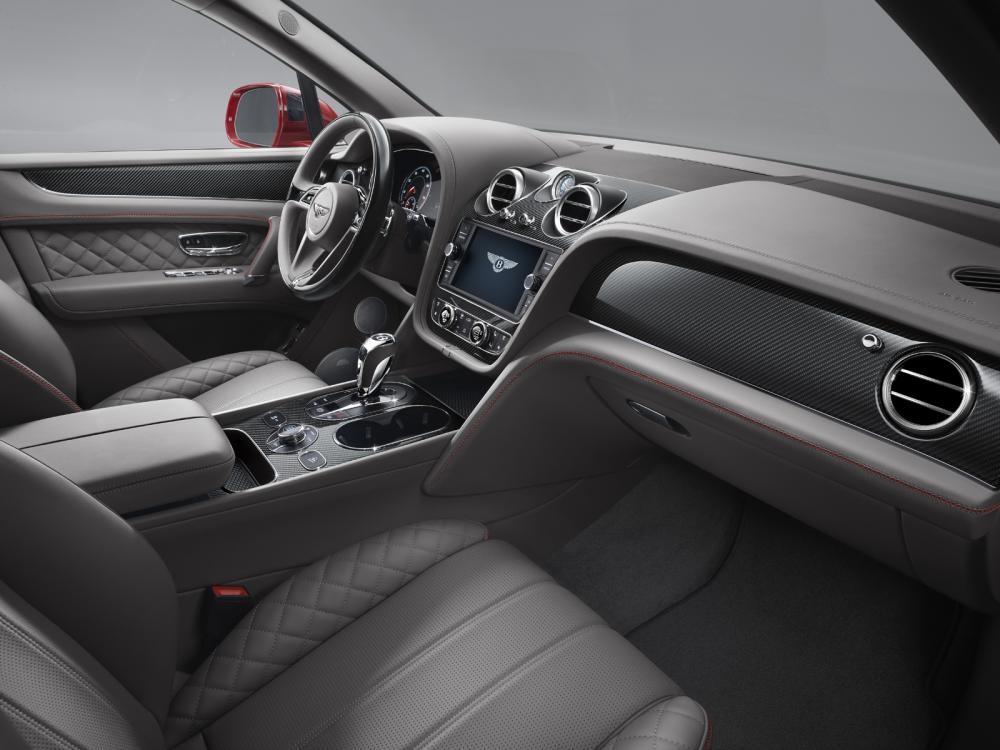 Nội thất da màu xám của Bentley Bentayga V8