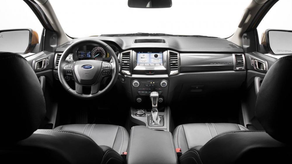 Khoang lái của Ford Ranger 2019