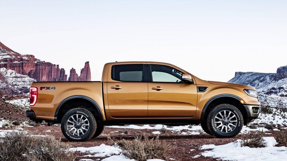 Ford Ranger 2019 nhìn ngang sườn
