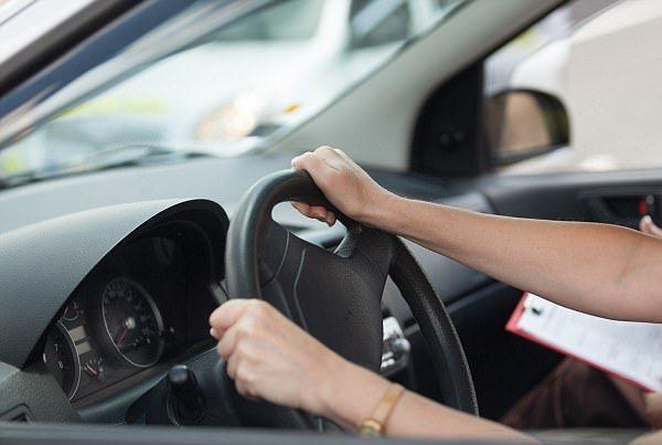 Thi lấy bằng lái xe, người phụ nữ tử vong vì áp lực