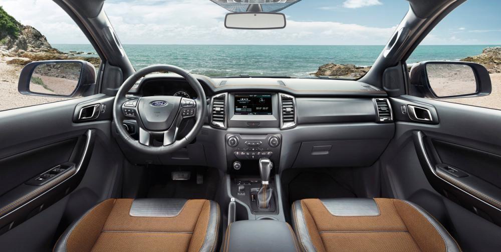 nội thất của Ford Ranger