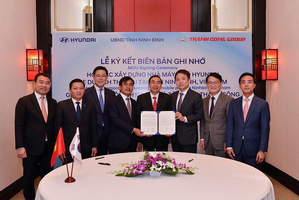 Lễ ký kết của Hyundai Thành Công