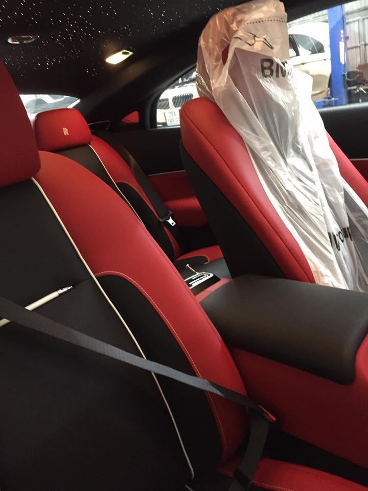 Nội thất chiếc Rolls-Royce Wraith Black Badge bí ẩn nhất Việt Nam