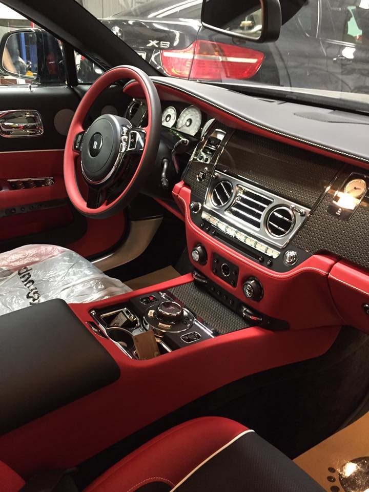Rolls-Royce Wraith phiên bảnBlack Badge.