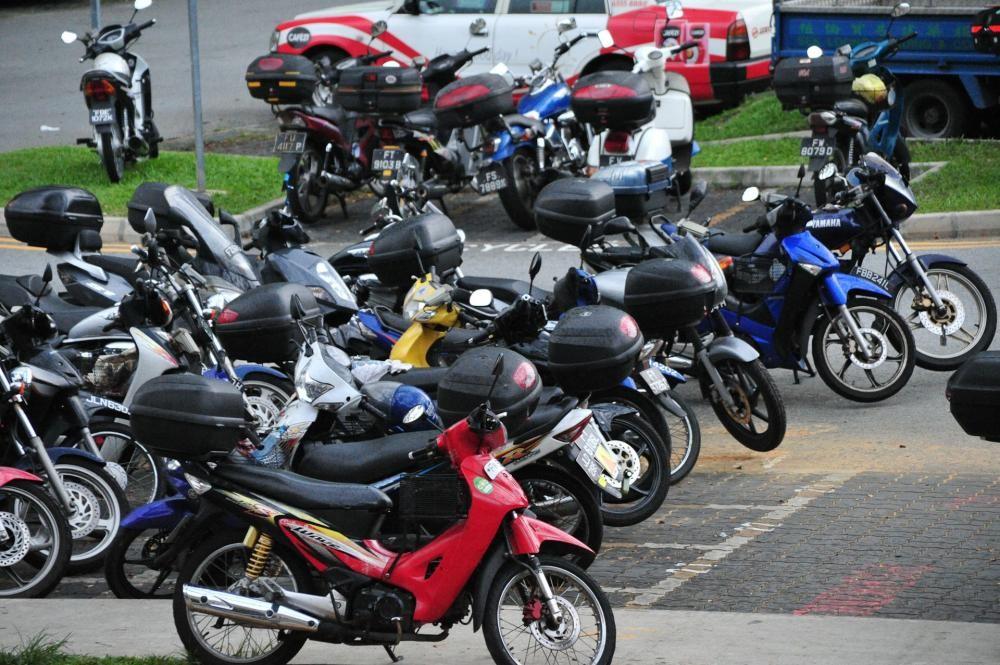 Bỏ xe máy cũ, người dân Singapore được trả hơn 2.600 USD