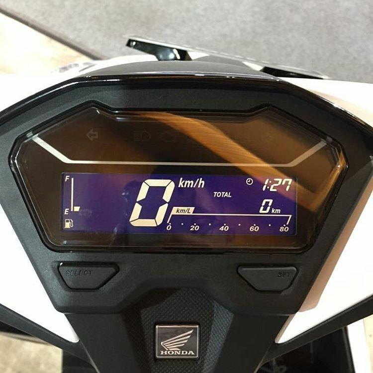 Yamaha-Vario-150-2018