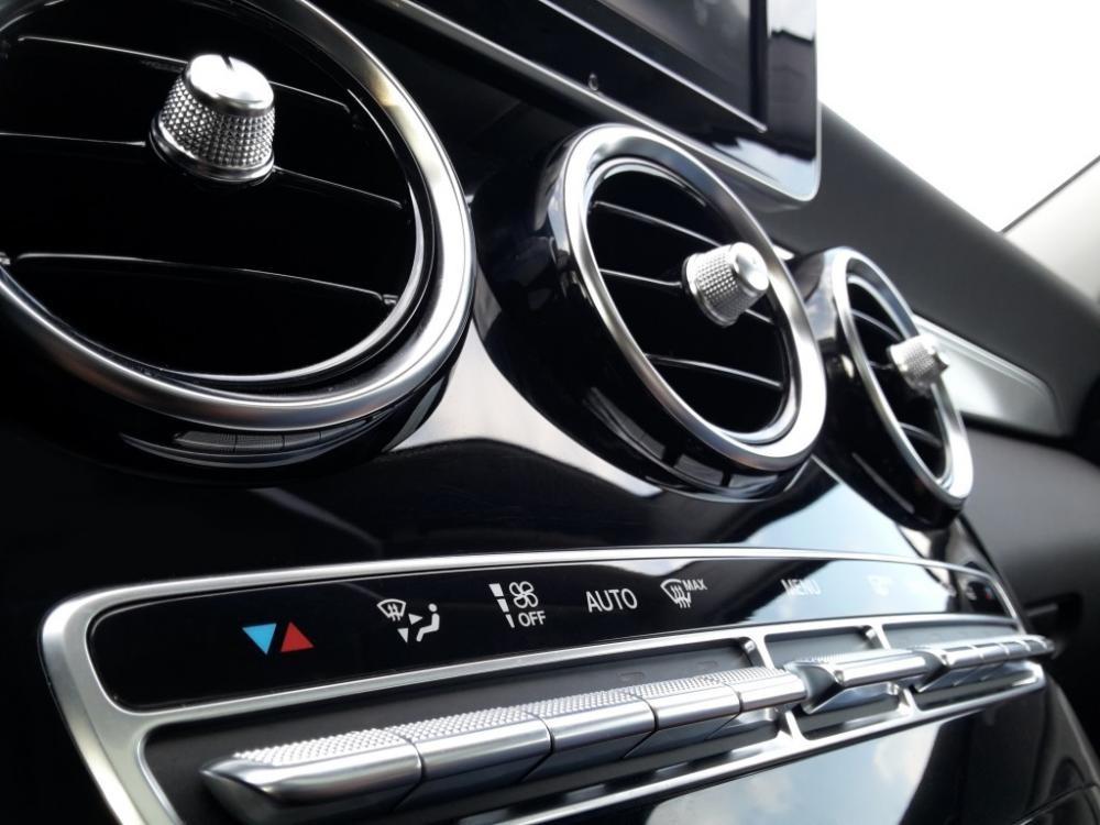 Điều hòa ô tô đóng ngắt liên tục khi trời nóng