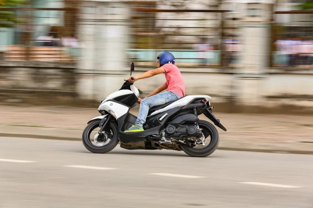 Yamaha NVX150 trên đường chạy rốt-đa