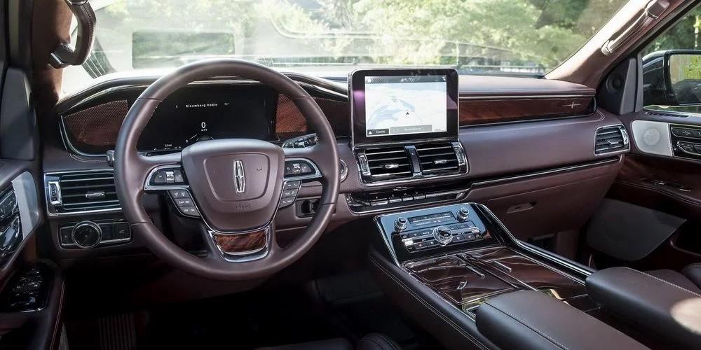 Nội thất của Lincoln Navigator 2018
