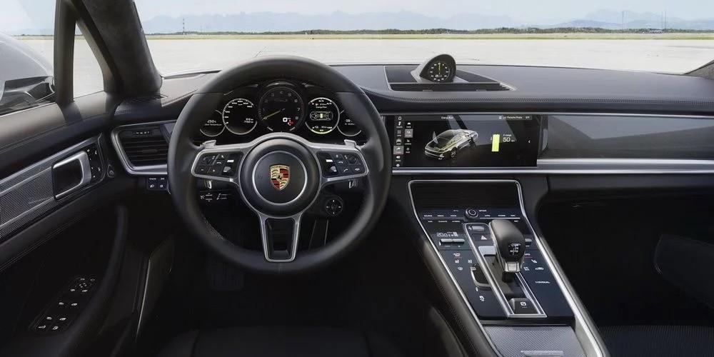 Nội thất của Porsche Panamera 2018