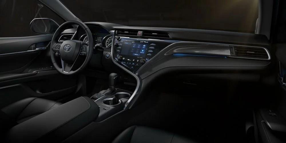 Nội thất của Toyota Camry 2018