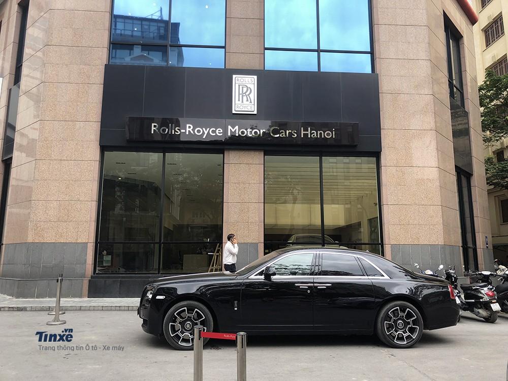 Rolls-Royce Ghost Black Badge đầu tiện tại Việt Nam gần đây thường xuất hiện tại đại lý Rolls-Royce chính hãng