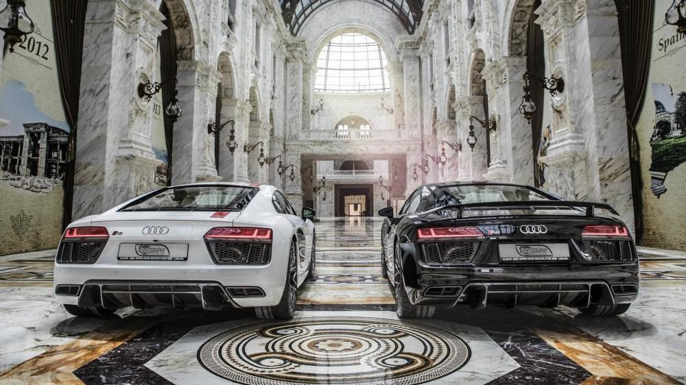 Hai chiếc Audi R8 này siêu xe mới toanh