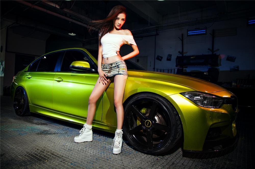 Người đẹp Y Ngạn khoe dáng gợi cảm, rửa xe mát mẻ bên BMW 3-Series F35 - 5