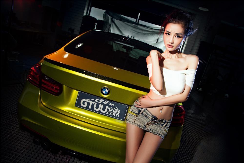 Người đẹp Y Ngạn khoe dáng gợi cảm, rửa xe mát mẻ bên BMW 3-Series F35 - 10