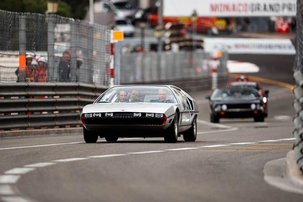 Trong chiếc Lamborghini Marzal còn có người thừa kế ngai vàng tương lai của Công quốc Monaco