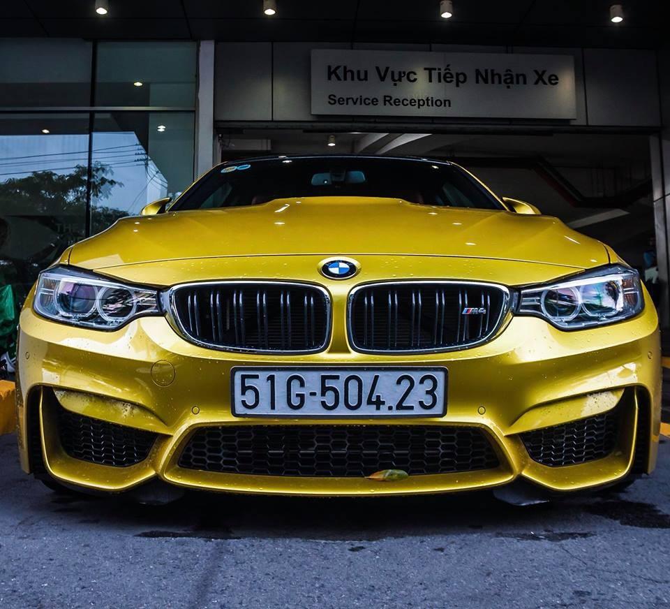 BMW M4 rao bán hàng độc