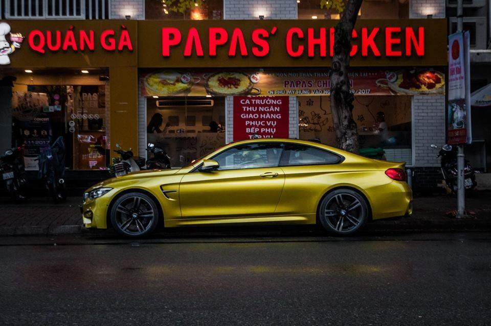 Mức giá thách cưới cho chiếc BMW M4 F82 màu vàng ánh kim độc nhất Việt Nam là hơn 3,4 tỷ Đồng
