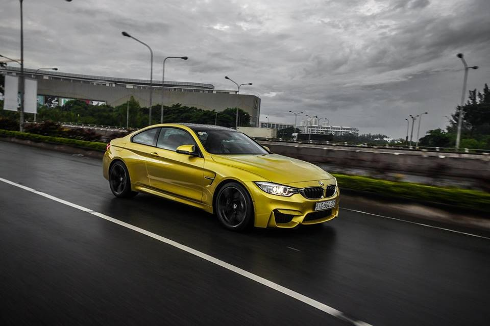 BMW M4 rao bán hơn 3,3 tỷ Đồng