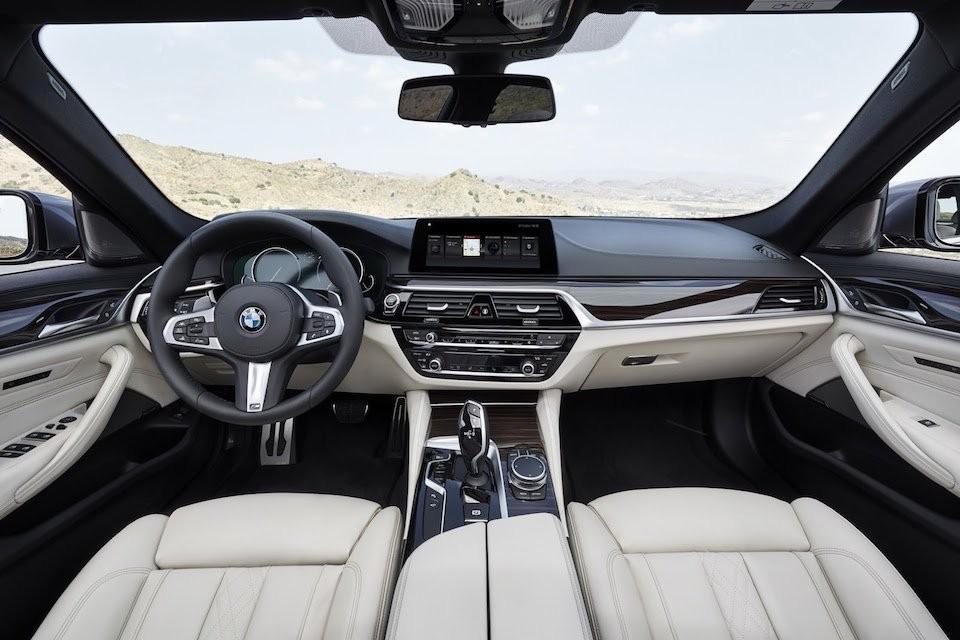 Thiết kế Nội thất của BMW 5 Series
