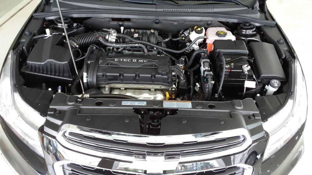 Trang bị Động cơ của Chevrolet Cruze