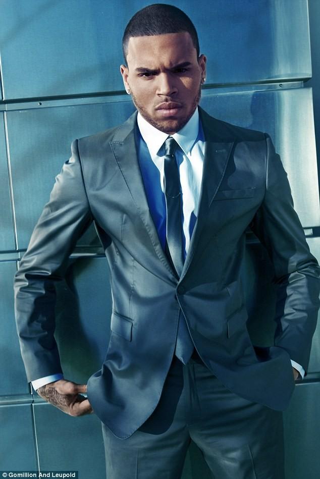 Chân dung nam ca sỹ Chris Brown