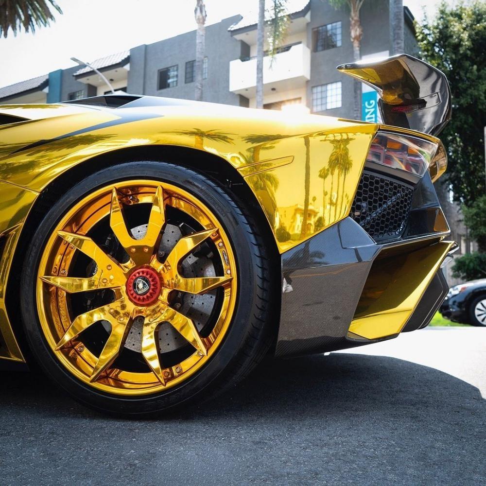 Bộ vành Forgiato của chiếc Lamborghini Aventador SV Roadster