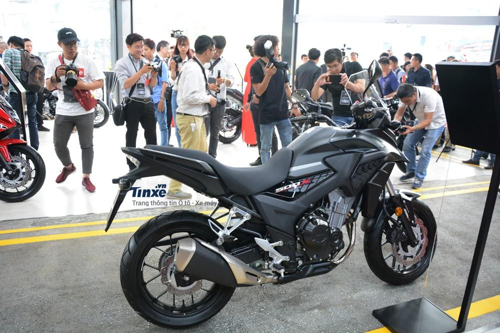 Honda CB500X 2018 có số đo tổng thể bao gồm